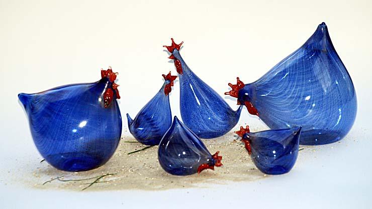 Hühner aus Glas